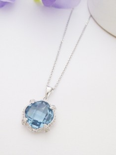 Manhattan sterling silver necklace with cushion cut cz stone